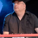 Markus Schölch (keys)