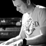 Daniel Raab (b, keys)